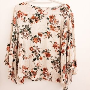 Gypsy and Moondust Floral Bohemian Top size Small